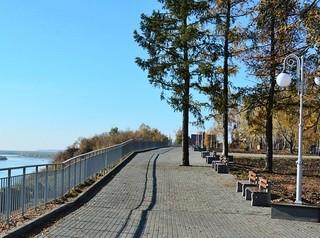 Нагорный парк в 2018 году прирос новыми газонами, аллеями и фонарями