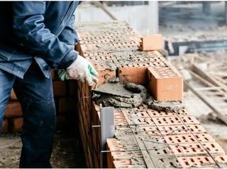 Иркутские строители испытывают острый дефицит трудовых мигрантов
