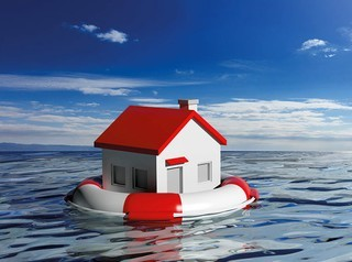 Треть заемщиков, обратившихся за «ипотечными каникулами», получают отказ