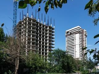 Фонду защиты дольщиков передадут для достройки три проблемных дома в Красноярске
