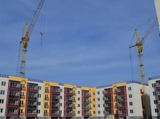 Компания «Стройбетон» проводит экскурсию по новому готовому дому в ЖК «Амурский-2»