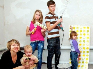 В законодательство готовят изменения для выплаты многодетным семьям 450 тысяч рублей на погашение ипотеки
