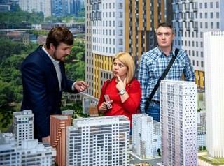 Высокий спрос на новостройки позволяет застройщикам повышать цены на квартиры