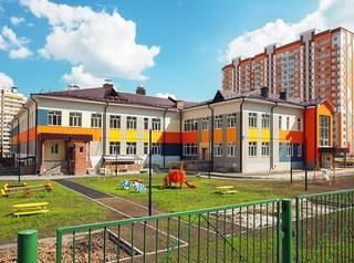 Жители «Южных Ворот» просят разместить в строящейся школе группы детского сада