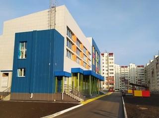 Завершено строительство школы в микрорайоне «Амурский-2»