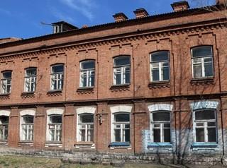 Военный городок на улице Малиновского готовят к застройке