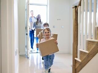 В 2020 году кузбасские семьи с детьми получили втрое больше ипотеки, чем в январе – мае 2019-го