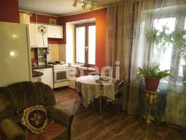 Продам 3-комнатную, 60 м2, Красноармейский пр-кт, 131. Фото 1.