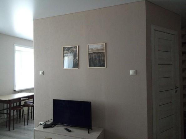 Сдам посуточно в аренду 3-комнатную квартиру, 52 м², Барнаул. Фото 5.