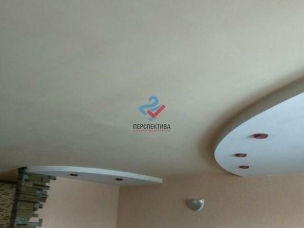 Продам 3-комнатную, 63 м², Алтайская ул, 102А. Фото 3.