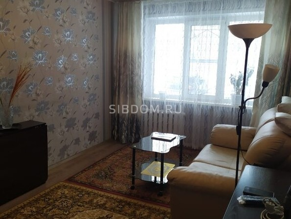 Продам 1-комнатную, 30.7 м², Георгия Исакова ул, 133А. Фото 3.
