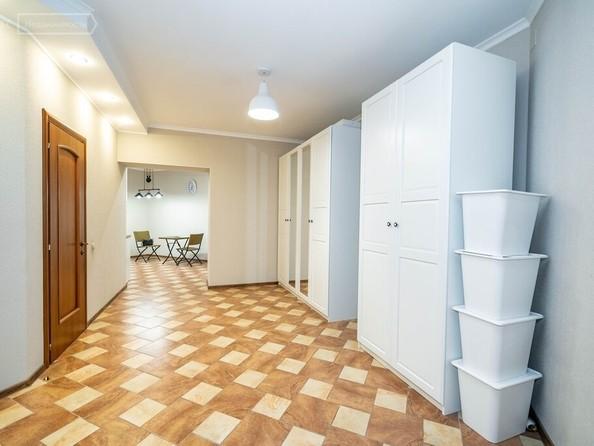 Продам 3-комнатную, 147.8 м², Профинтерна ул, 38А. Фото 3.