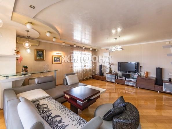 Продам 4-комнатную, 141.7 м², Партизанская ул, 105. Фото 3.