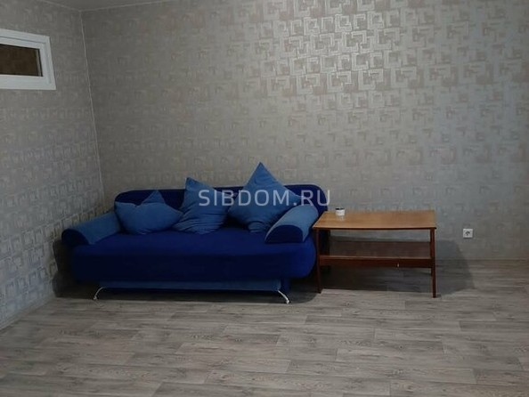 Сдам в аренду 2-комнатную квартиру, 54 м², Барнаул. Фото 2.