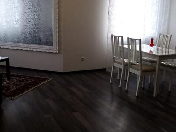 Сдам в аренду 2-комнатную квартиру, 62 м², Барнаул. Фото 1.