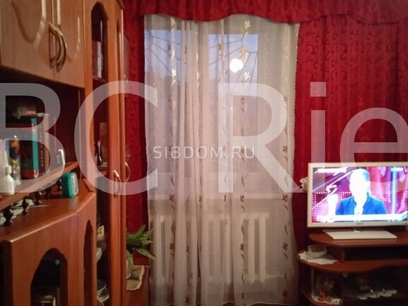 Продам 2-комнатную, 47 м2, Комарова ул, 3. Фото 4.
