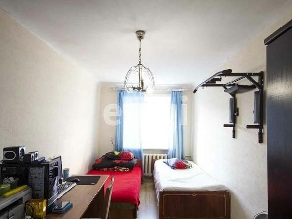 Продам 3-комнатную, 56.2 м2, Камова ул, 1. Фото 5.