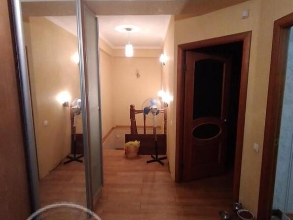 Продам 3-комнатную, 104 м2, Геологическая ул, 23. Фото 1.