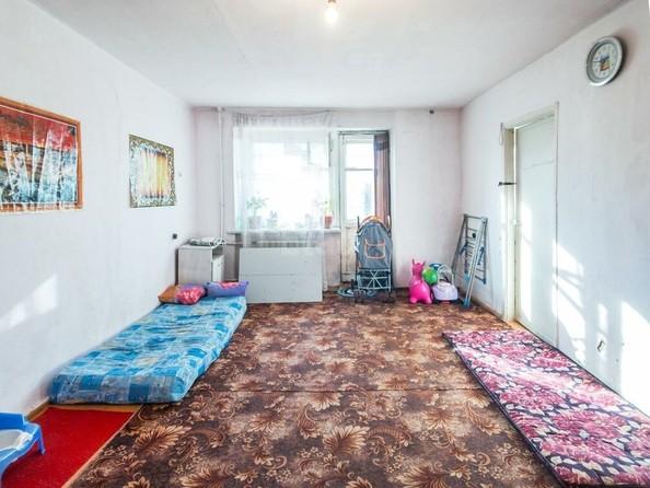 Продам 4-комнатную, 64 м², . Фото 2.
