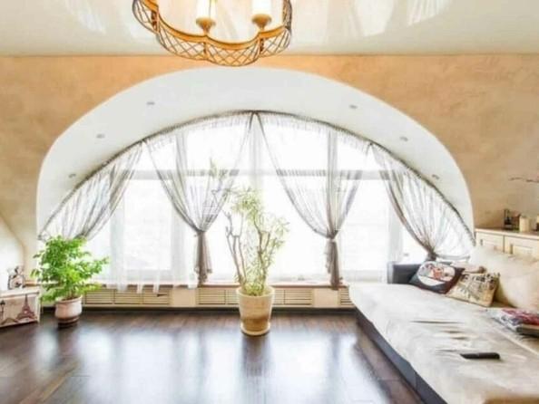 Продам 3-комнатную, 98 м², Ключевская ул, 144. Фото 1.