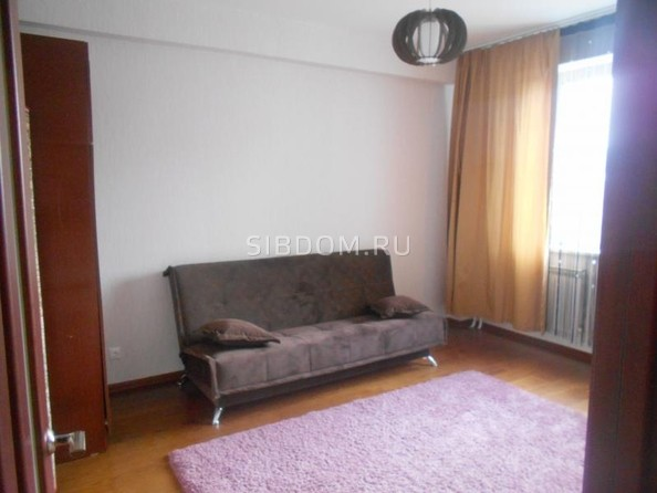 Сдам в аренду 2-комнатную квартиру, 70 м2, Иркутск. Фото 19.