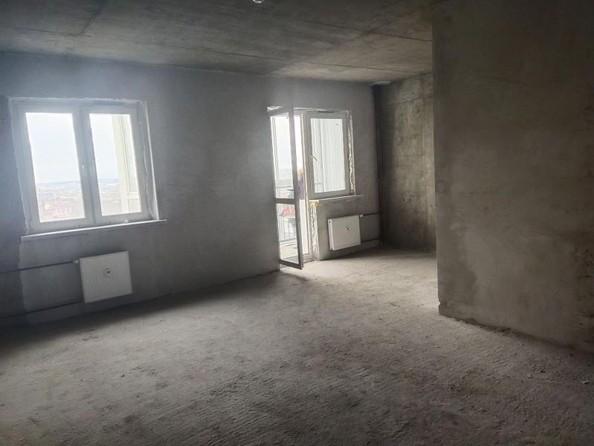 Продам 1-комнатную, 38 м2, Киренская ул, 46. Фото 2.