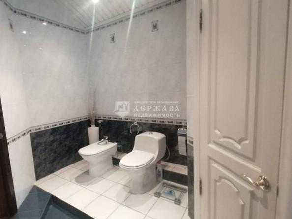 Продам 4-комнатную, 129.7 м², Весенняя ул, 15. Фото 21.