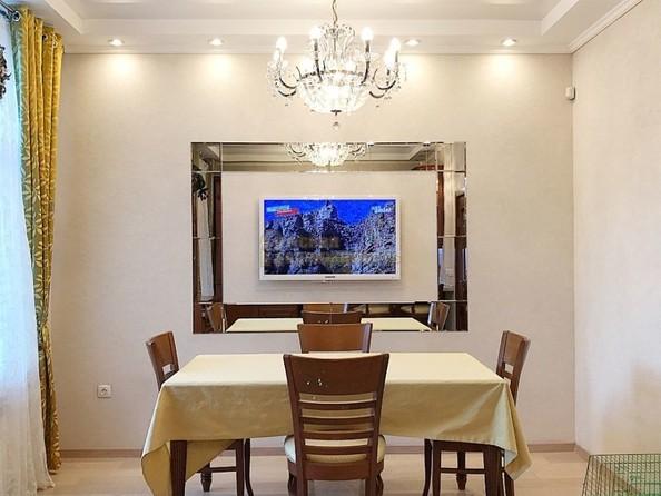 Продам 5-комнатную, 300 м², Тютчева ул, 1. Фото 1.