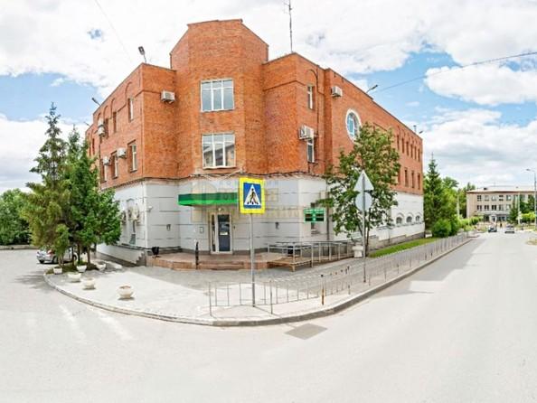 Продам отдельностоящее здание, 2456 м², Андрианова ул, 5. Фото 1.