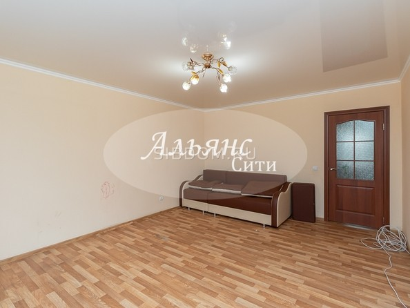 Продам 2-комнатную, 61.7 м2, Туполева ул, 2. Фото 3.