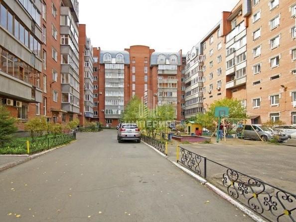 Продам 2-комнатную, 60 м², Лермонтова ул, 24. Фото 1.